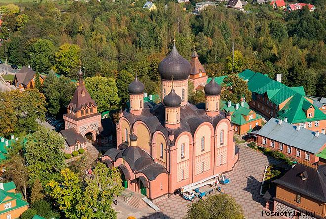 Успенский собор Пюхтицкого монастыря