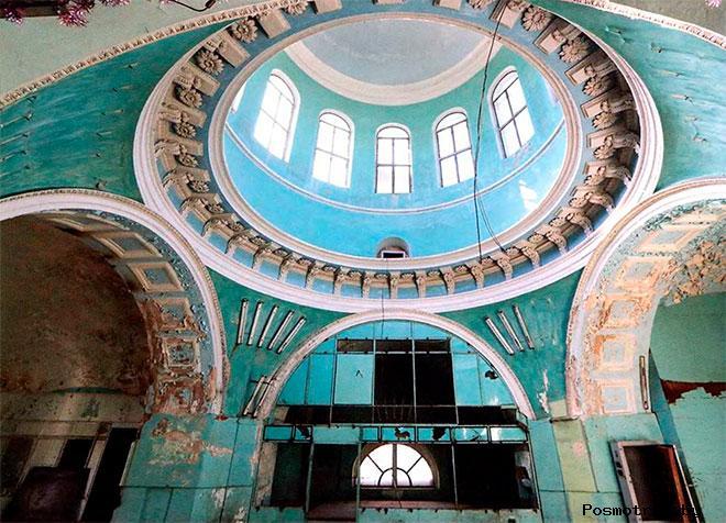 Внутри Спасо-Преображенского собора Торжка