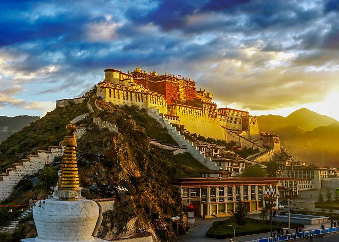 Дворец Потала Лхаса Тибет - резиденция Далай-Ламы
