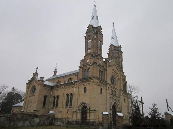 Костел св Михаила Архангела в Белогрудах расположение на карте Беларуси добраться самостоятельно