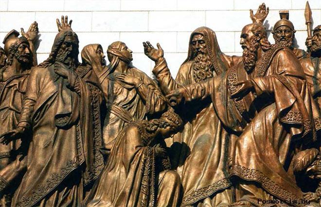 Горельефы собора Христа Спасителя