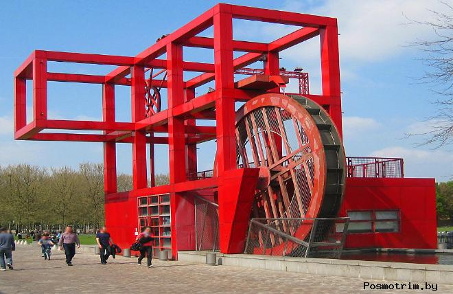 Парк Ла вилетт - от науки к отдыху