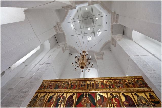 Интерьер церкви Вознесения в Коломенском