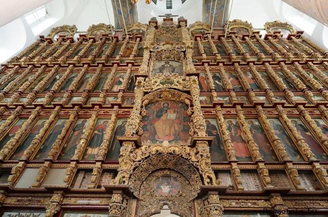 Иконостас Успенского собора в Рязани