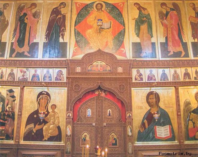 Внутри собора Архангела Михаила в Нижнем Новгороде