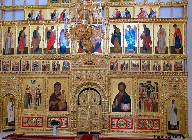 Интерьер церкви Одигитрии Смоленской в Вязьме