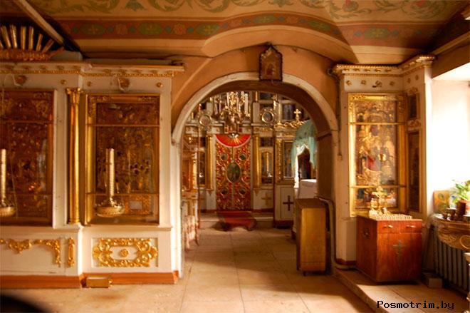 Интерьер храма Рождества Христова в Измайлове