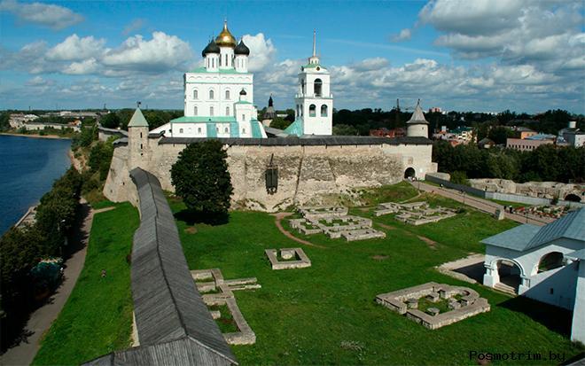 Довмонтов город Псков кремль