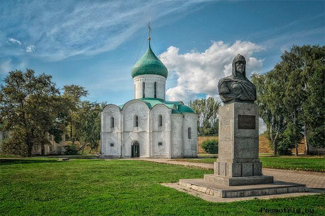 Памятник Александру Невскому в Переяславль-Залесском