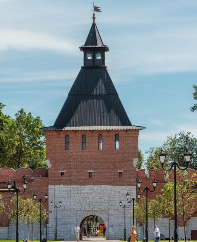 Башня Ивановских ворот
