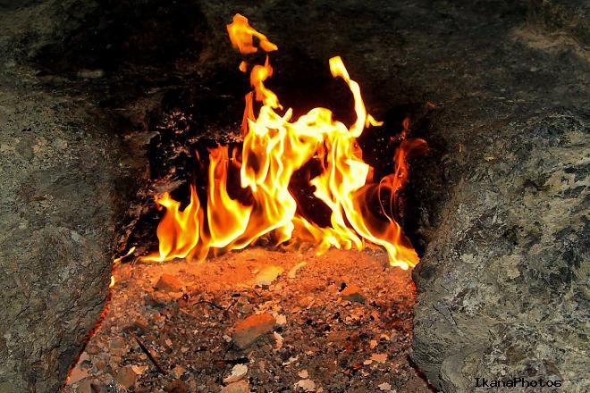 Где находится огненная гора Янарташ, как добраться и экскурсия по горе Янарташ стоимость посещения