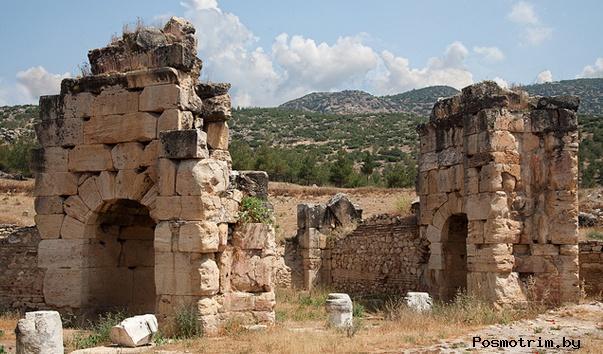 Иераполис (Хиераполис) город мученической смерти апостола Филиппа, Базилика св.Филиппа