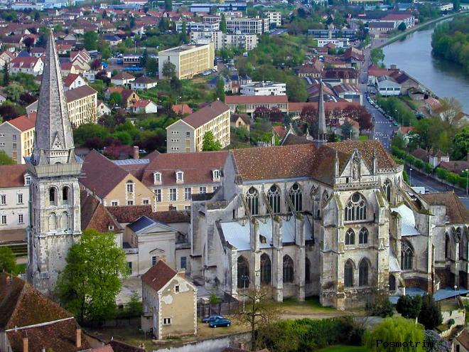 Архитектура Церкви Сен-Жермен-де-Пре в Париже