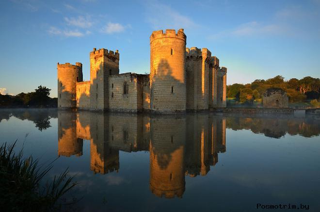 Замок Бодиам Англия