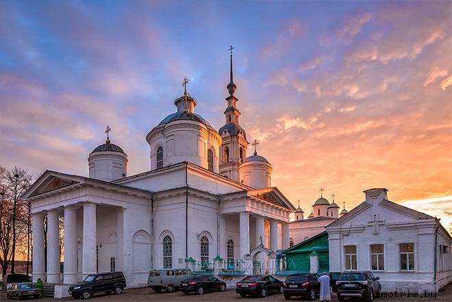 Архитектурный ансамбль Троицко-Успенского собора Кинешмы