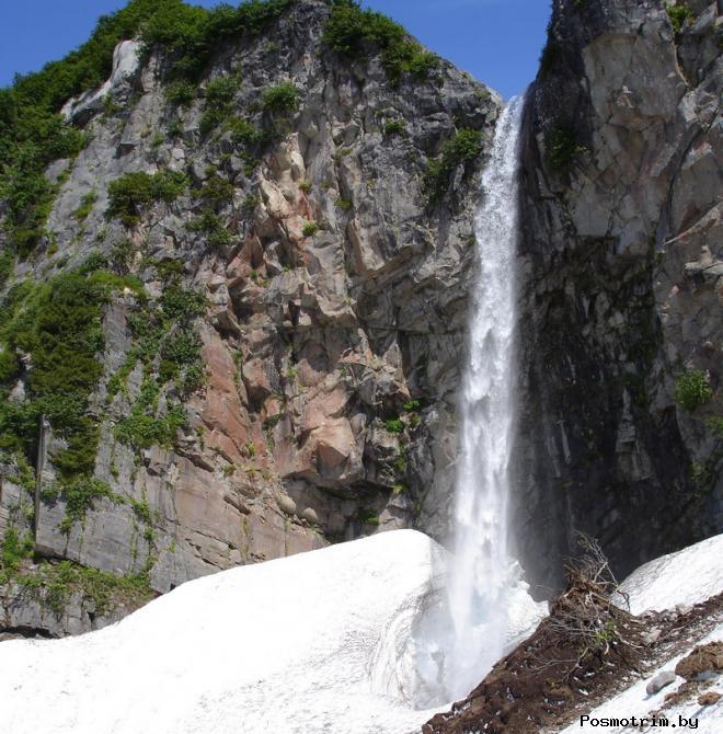 Вилючинский водопад Камчатка