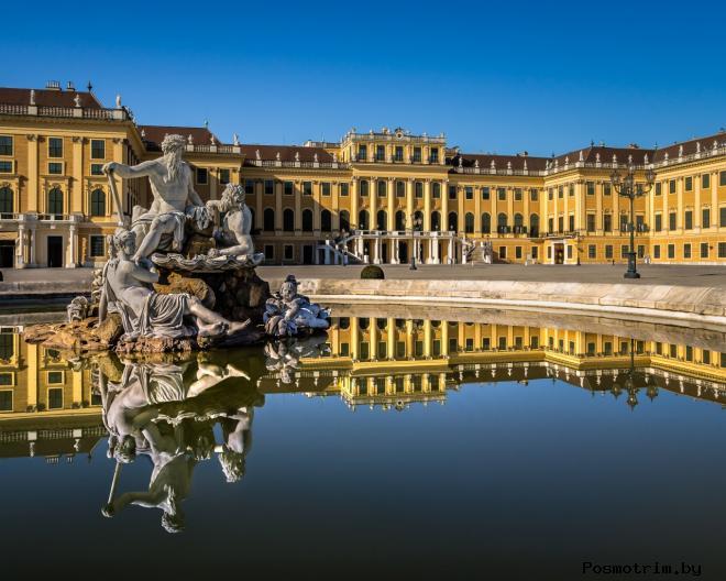 Дворец Шёнбрунн в Вене Австрия