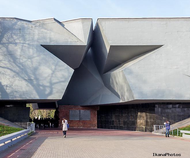 Главный вход в Брестскую крепость «Звезда»