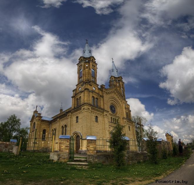 Костел святого Михаила Архангела в Белогрудах