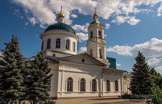 Никольский собор Оренбурга снаружи