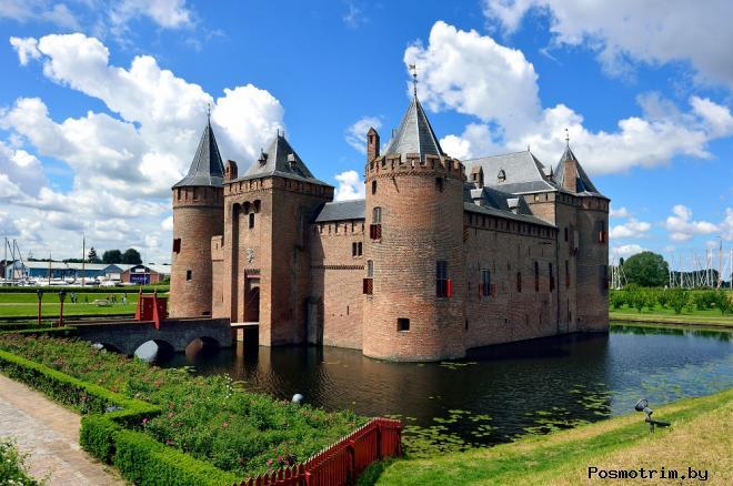 Замок Мейдерслот Нидерланды