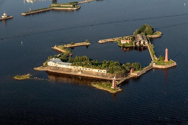 Форт Кроншлот - старейший из фортов крепости Кронштадт