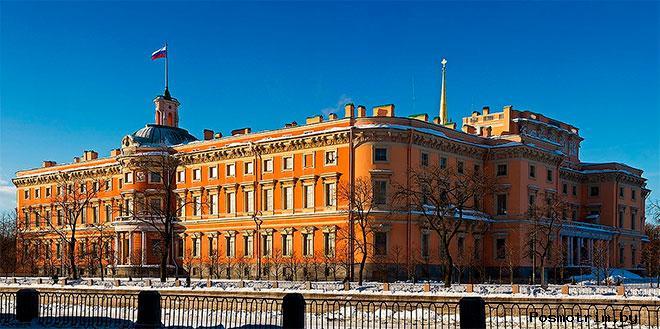 Инженерный замок в Санкт-Петербурге