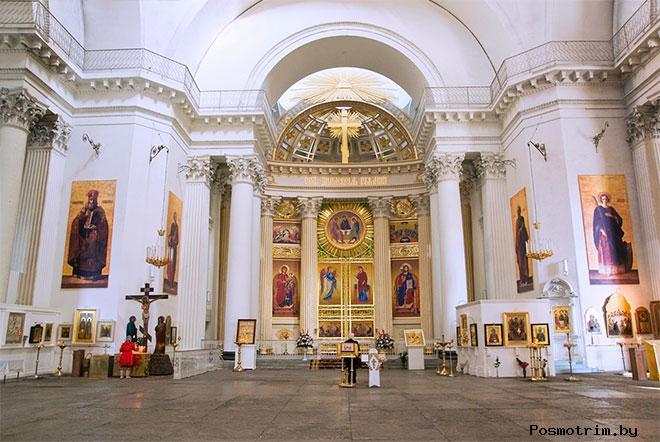 Интерьер Троице-Измайловского собора