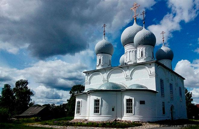 Архитектура Спасо-Преображенского собора Белозерска