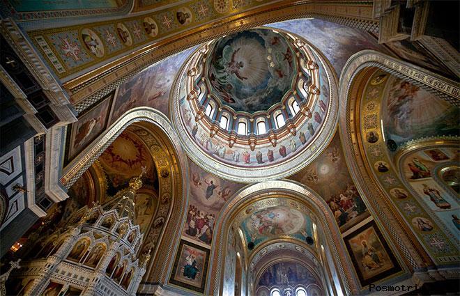 Интерьер храма Христа Спасителя