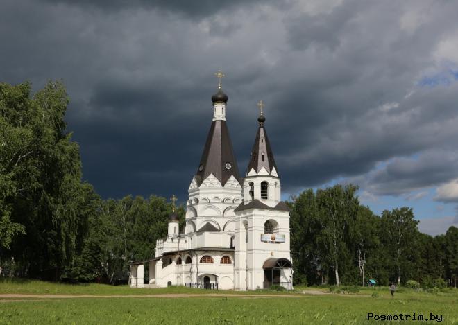 Богоявленский храм в Красном архитектура