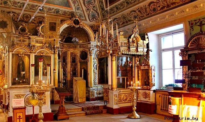 Внутри Храма Иоанна Воина на Якиманке