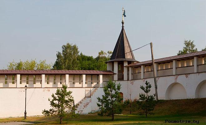 Ограда Старицкого монастыря