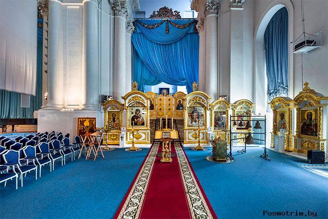 Смольный собор - центр духовного и нравственного просвещения молодежи