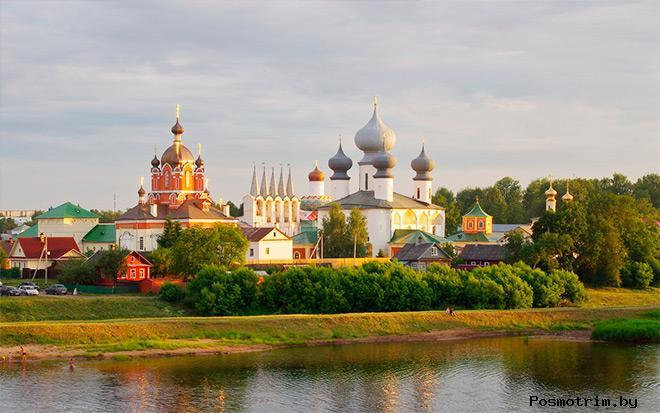Архитектурный ансамбль Тихвинского монастыря