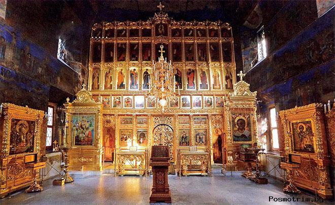 Интерьер Казанской церкви в Рыбинске