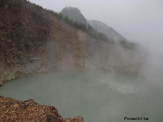 Кипящее озеро на острове Доминика