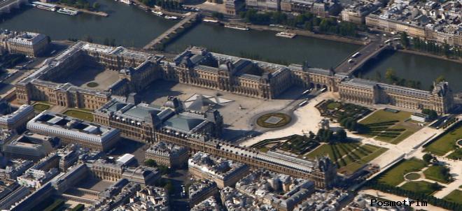 Комплекс строений Лувра