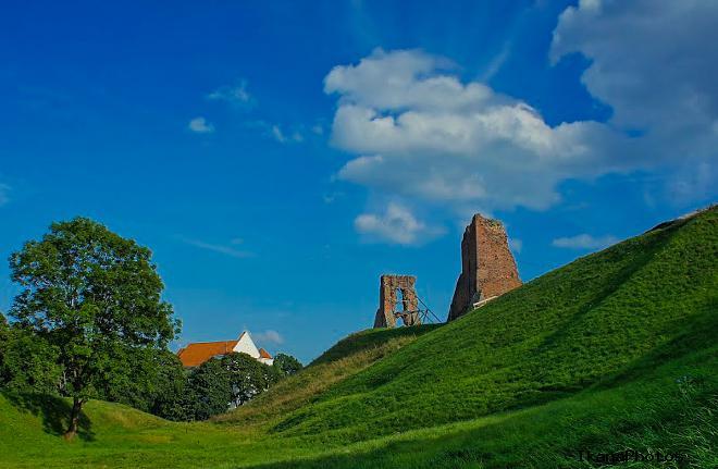 Замок в Новогрудке Беларусь башня Щитовая архитектура и характеристики