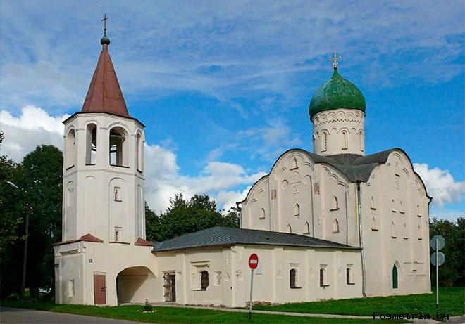 Архитектура церкви Феодора Стратилата на Ручьюв Новгороде