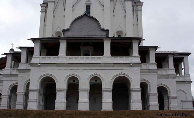 Как Вознесенскую церковь в Коломенском едва не поглотили воды Москвы-реки