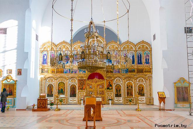 Интерьер Троицкого храма в Балаково