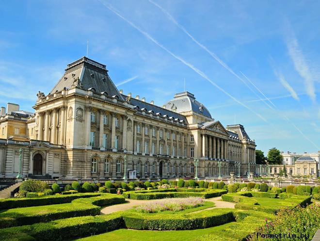 Дворец Пале-Рояль Париж Франция