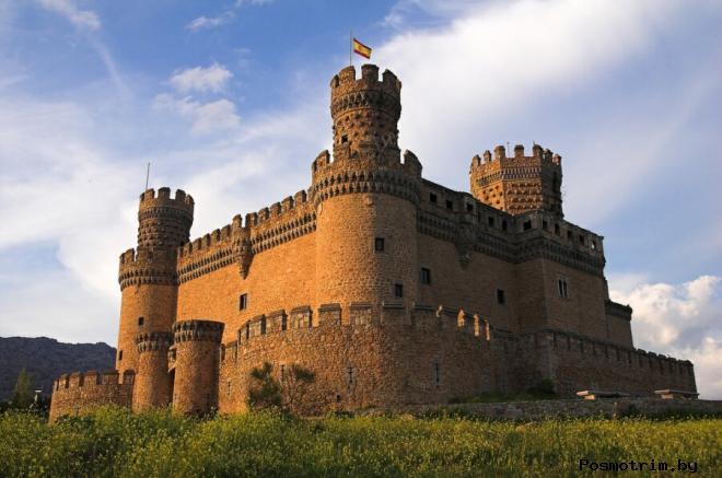 Замок Мансанарес-Эль-Реал Испания