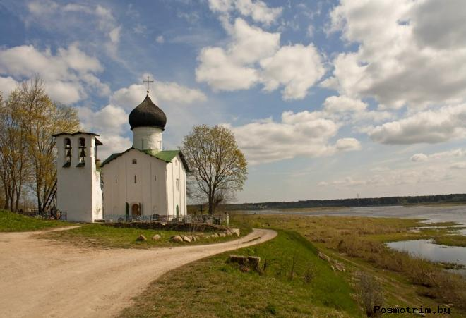 Архитектура церкви в Выбутах