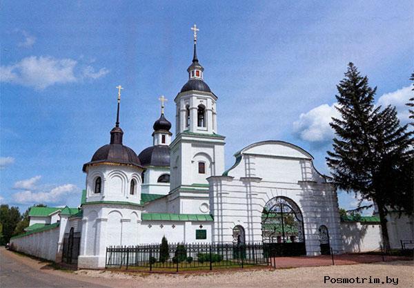 Михаило-Архангельская церковь в Лазареве