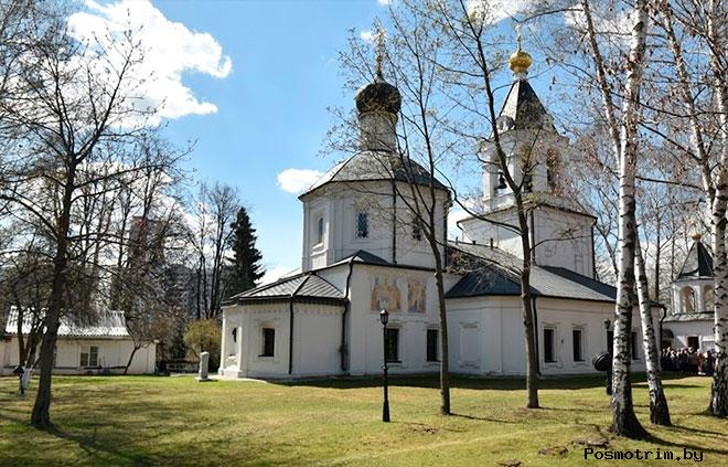 Храм Ризоположения в Леоново