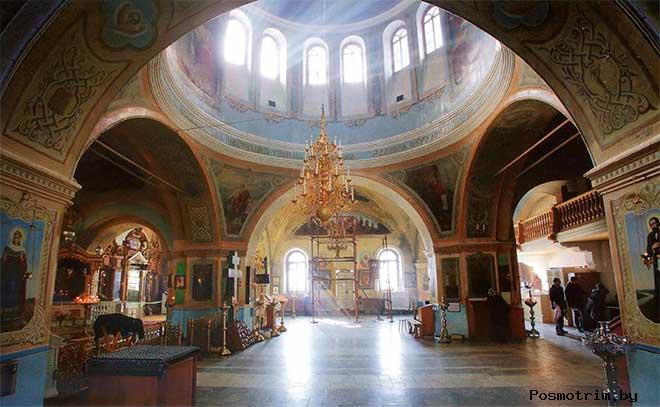 Знаменский собор Тюмени внутри