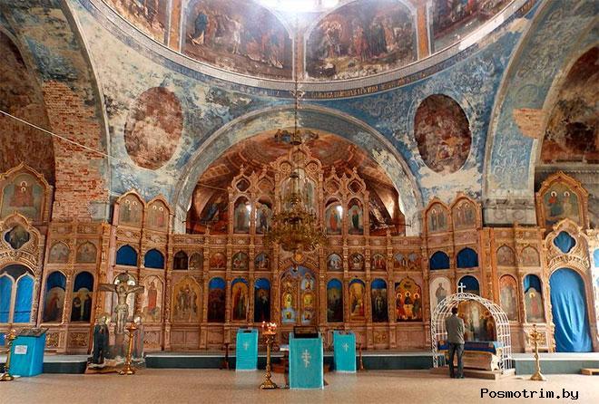 Интерьер Успенского собора Мышкина