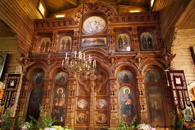 Храм Казанской иконы Божией Матери в Вырице внутри